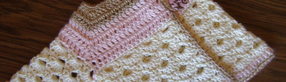 free crochet baby pattern, sweater, cardigan, newborn, colorful mini moogly sveter sweater