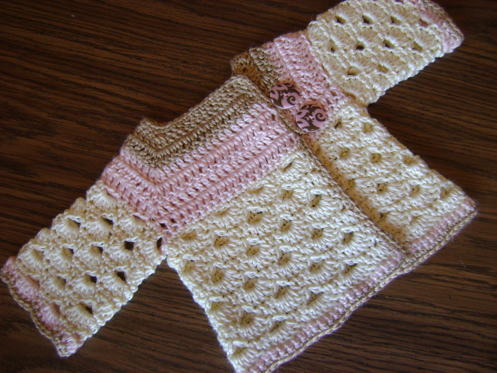 Crochet Newborn Baby Sweater Free Pattern : Auntie Ms Abigails Baby Sweater has a new home!