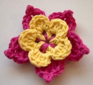 Picot crochet flower