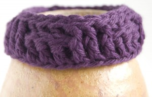 Purple crochet ribbed soft bracelet - top version