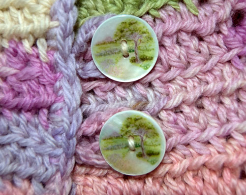 Baby-In-Bloom-Cardigan Button-Closeup