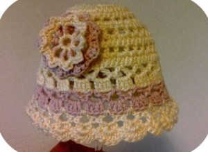 Free Crochet Newborn Girl Hat Pattern