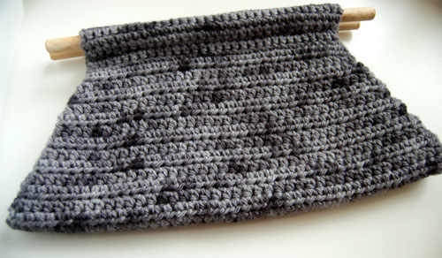 Devotee Clutch Free Crochet Pattern