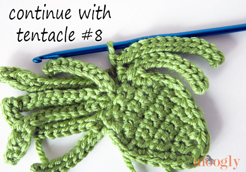 Kraken - Octopus - Squid #Crochet Applique! Free pattern with photo tutorial!