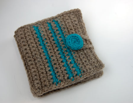 wool striped wallet free crochet pattern moogly billfold