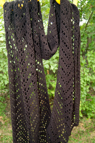 Chevron Lace Wrap: Free Crochet Pattern shawl scarf  ripple fingering
