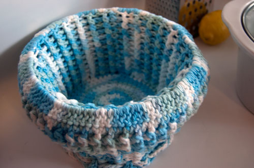 cupcake crockpot cozy free crochet pattern slow cooker cover ribbed potholder potluck carrier warmer