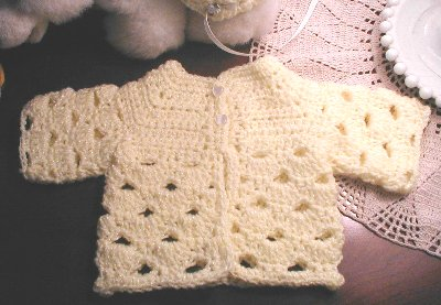 abigail baby sweater cardigan newborn free crochet patter