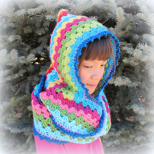 Crochet Patterns Free Hooded Scarf : Hood / Hat + Scarf = 10 Free Scoodie Patterns