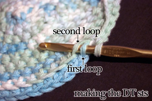 Cupcake crockpot cozy free crochet pattern double thick potholder technique tutorial