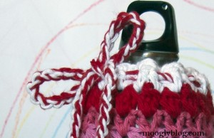 zig zag zoom bottle cozy water wine gift free crochet pattern
