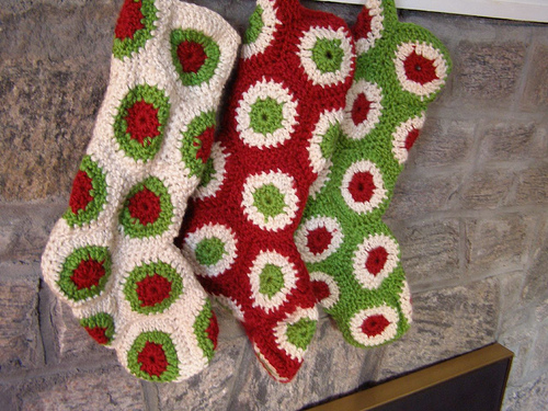 polka dot christmas stocking free crochet pattern yule holiday decor hexagons