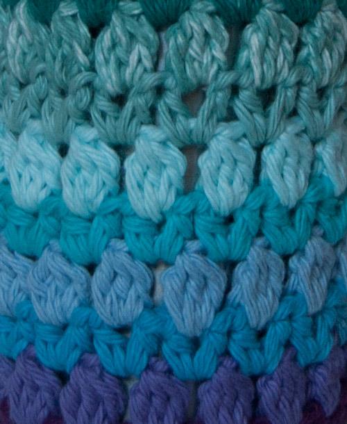 Zig Zag Zoom Bottle Cozy free crochet pattern wine water liquor gift school gym workout rainbow stripes fun