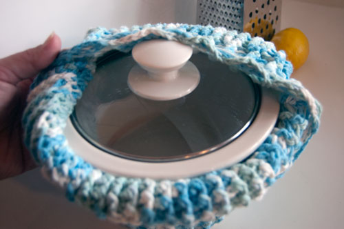 cupcake crochet crock pot slow cooker cozy cover carrier potluck server warmer free crochet pattern