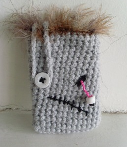 zombie phone case free crochet pattern free crochet halloween decorations iphone