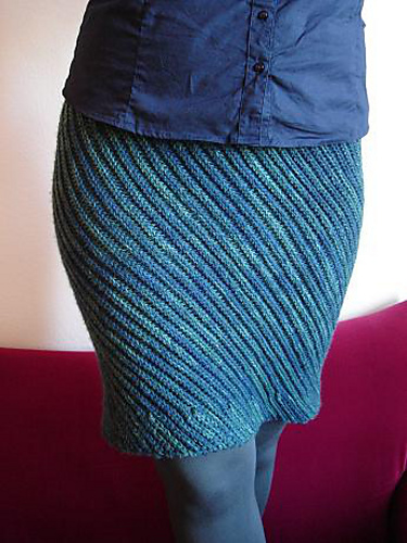 Falls Hot Trend Free Knit And Crochet Skirt Patterns