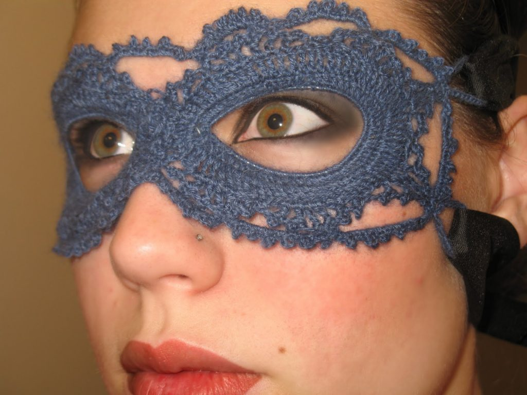 Free Crochet Halloween Mask Patterns : Spice It Up with Crochet Halloween Accessories: 10 Free ...