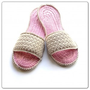 Annoo's Crochet Spa Slippers - free pattern!