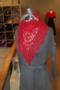free crochet shawl patterns fast crochet shawls crescent batwing triangle shawl patterns