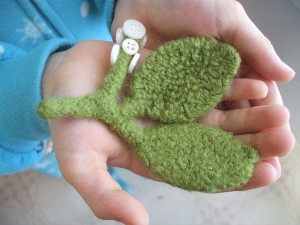 free knit christmas ornament patterns free ornament patterns christmas ornaments knitted