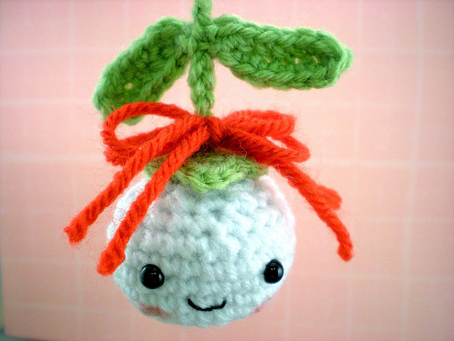10 Free Crochet Christmas Ornament Patterns