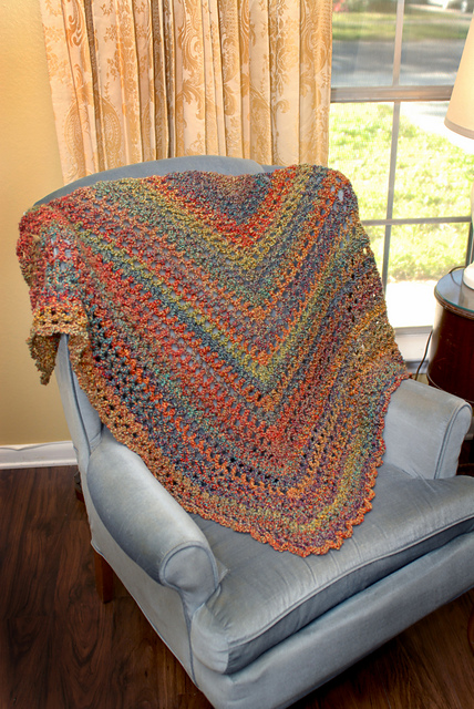 Free Crochet Pattern For Triangular Prayer Shawl : Stunning Crochet Shawls in a Snap: 10 Free Patterns - moogly