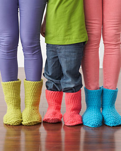Free Crochet Patterns For Family Slippers : Crochet Slippers for the Whole Family with 20 Free Patterns!