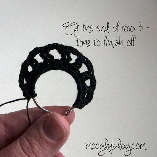 how to make crochet earrings stiff