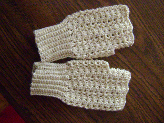 Easy victorian shell mitts and more marvelous crochet fingerless mitts