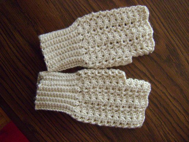 10 marvelous crochet fingerless mitts patterns free crochet fingerless mitts patterns wrist warmers crochet arm warmers free patterns dt1010fo