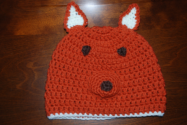 Fox Hat and other amazing fox crochet patterns - a great list of fox ...