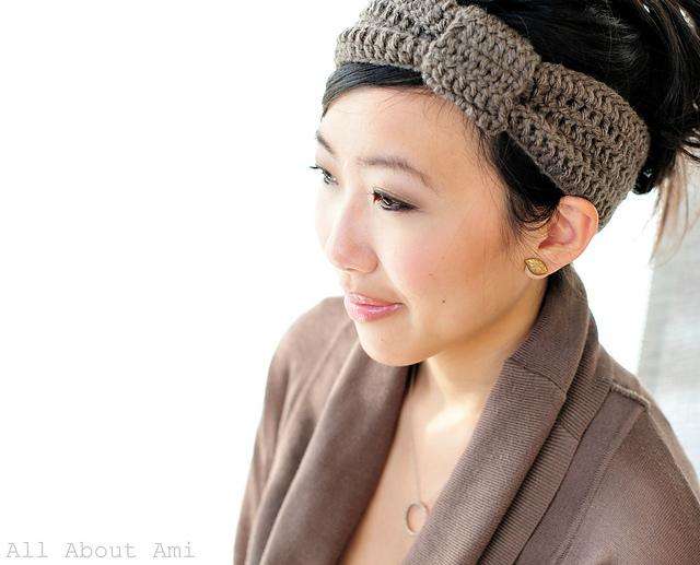 Free Crochet Patterns For Wide Headbands : Crochet Ear Warmers - Fast to Make and Fun to Wear!