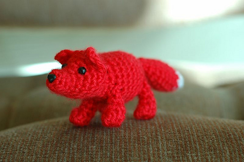 Fox and other amazing fox crochet patterns - a great list of fox ...