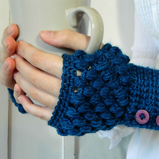 Free Crochet Pattern Gloves Fingerless : 10 Marvelous Crochet Fingerless Mitts Patterns