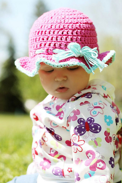 Free Crochet Newborn Sun Hat Pattern : Romantic, and Remarkable: Free Ruffle Crochet Patterns!