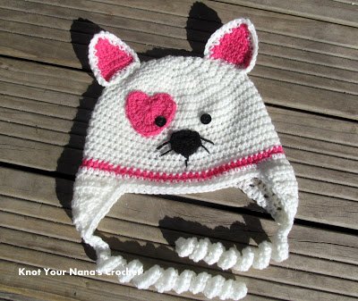 Valentineu0027s Kitty Hat And Other Free Valentineu0027s Day Crochet Patterns!  #crochet