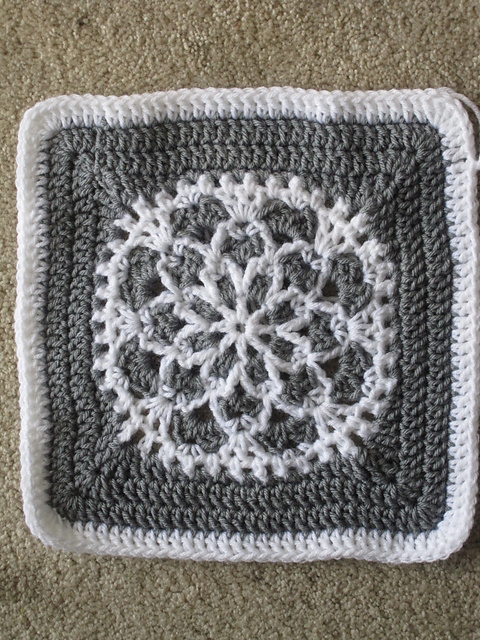 Free Crochet Patterns Of Afghan Squares : 10 Fantastic and Free New Crochet Squares for Afghans!