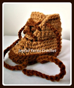 Baby Workboot - free crochet baby booties pattern! #crochet