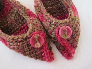 Birchbark Slippers - learn Tunisian crochet and then make these!