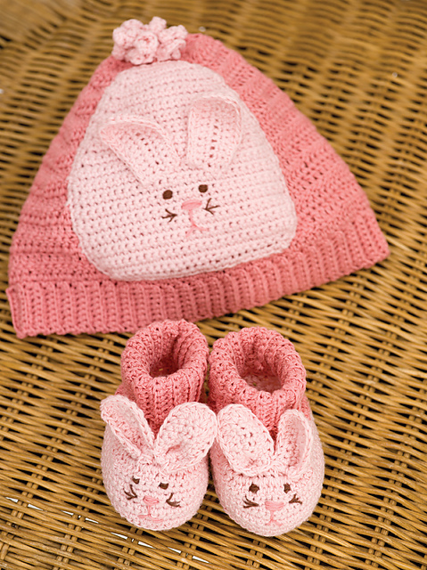 Crochet Bunny Baby Booties Pattern : The Perfect Baby Gift: 10 (More) Free Crochet Baby Booties ...