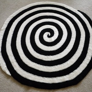 Double Spiral Afghan - learn Tunisian crochet and then make this gorgeous blanket!