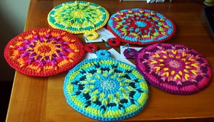 Kaleidoscope Hot Pads - make your kitchen a work of art! #crochet potholders