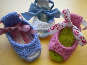 Piggy Peeps Crochet Baby Booties - free pattern! #crochet