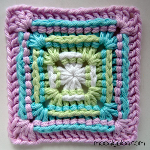Free Crochet Pattern For Granny Square Baby Blanket : Free Pattern: Sweetest Baby Blanket