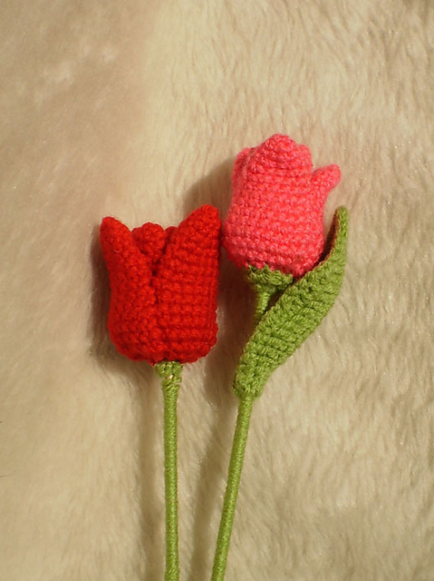 10 more beautiful and free crochet flower patterns tulip on ravelry free pattern for amigurumi style tulips that really stand up gorgeous dt1010fo