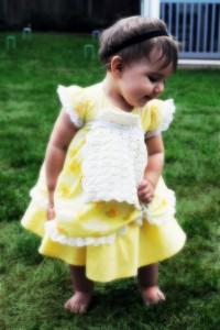 Alice Pinafore Bib - free #crochet baby bib pattern!