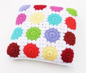 Circle-in-a-Square Motif Pillow by Carolyn Christmas - free #crochet pattern