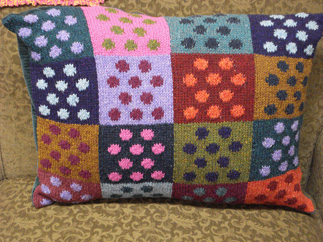Domino Knitting Blanket Pattern : Polka Dot Passion with 14 Free Patterns!