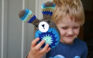 Easy Easter Bunny - free #crochet bunny pattern!