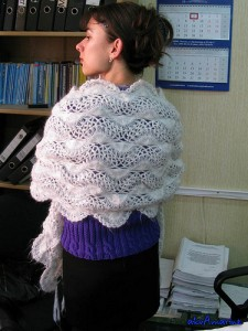 Hairpin Lace Shawl - free #crochet pattern